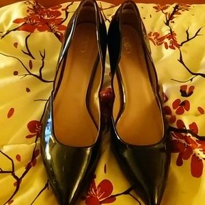 Sz 9 blk heels by Cato